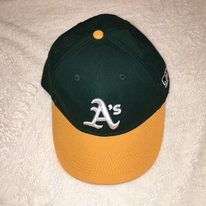 MLB official youth baseball cap Oakland A s NWOT